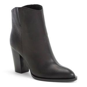 🔥 Vince Erving block heel boot - think fast!!!